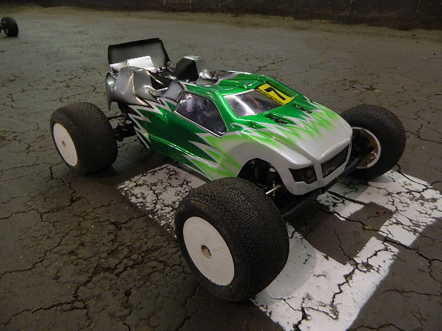 You are browsing images from the article: JConcepts Spring National Series 2013