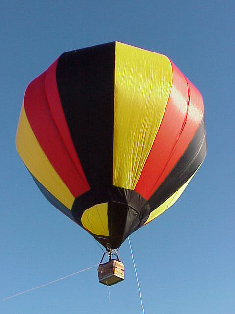 You are browsing images from the article: Mikes RC Hot Air Balloon